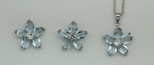 Sterling Silver and Blue Cubic Zirconia Flower Pendant and Pierced Earring Set