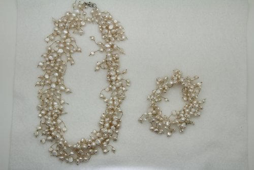 Freshwater Pearl Toursade Necklace and Bracelet Set